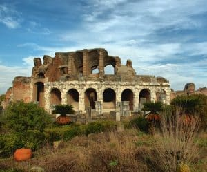 Domenicalmuseo all'Anfiteatro Campano e Mitreo